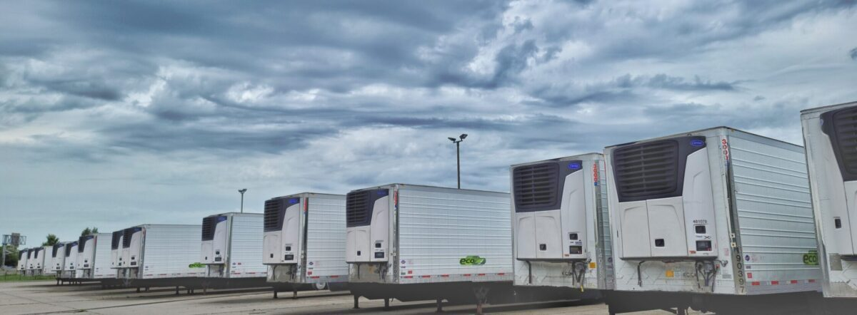 Getting the Best Deal – Trailers With Carrier X4 Reefer Units