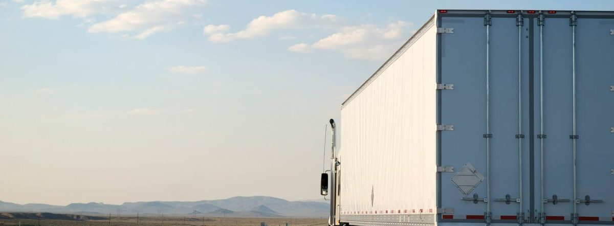 4 Tips for Buying a Semi-Trailer